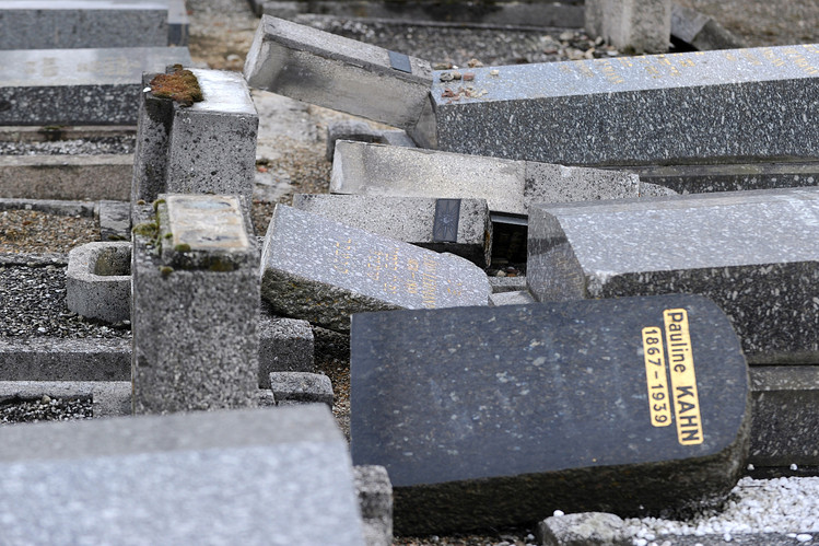 Vandalized Jewish cemetery near Strasbourg, France